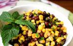 Салат из кукурузы, горошка, фасоли и сухариков, рецепт с фото