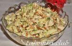 Салат из курицы, пекинской капусты и омлета рецепт с фото